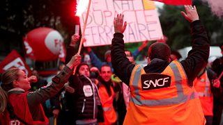 """As greves continuam e """"o governo francês não quer dialogar"""""""