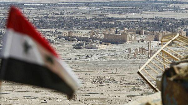 دیدهبان حقوق بشر سوریه: در حمله داعش به یک پایگاه نظامی چند ایرانی کشته شدند