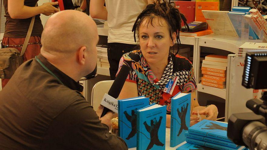 Lengyel írónő kapta az idei Nemzetközi Man Booker-díjat