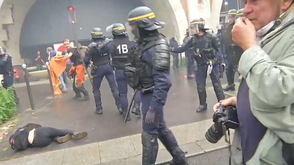 مناوشات بين الشرطة الفرنسية ومتظاهرين في باريس