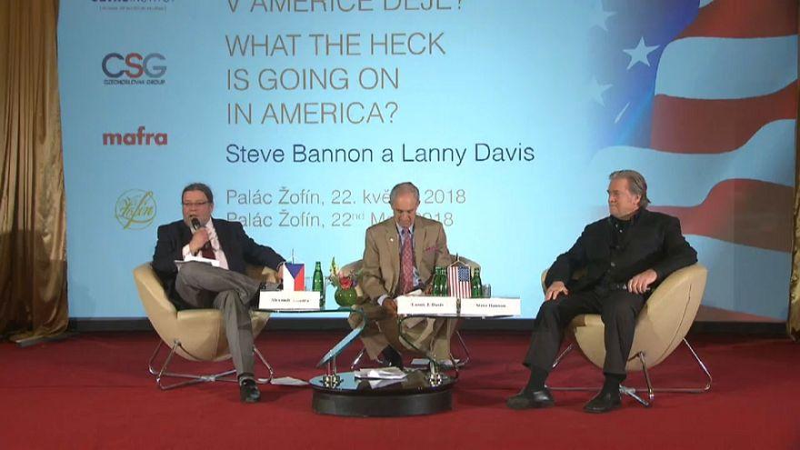 Ex-conselheiro de Trump dá conferência na Europa