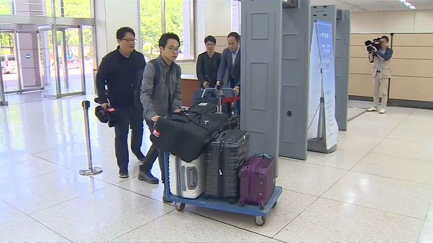 Jornalistas entram na Coreia do Norte
