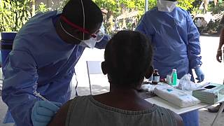 "Ebola : la RDC ""sur le fil du rasoir"""