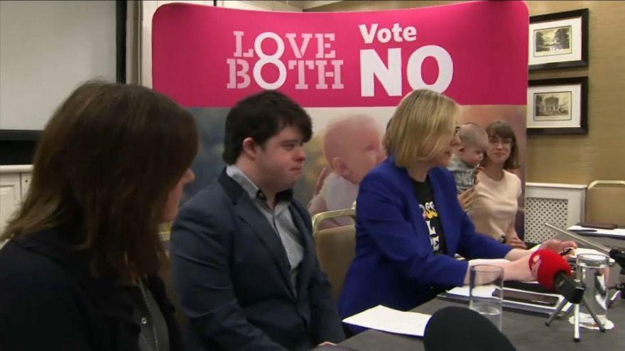 İrlanda kürtaj referandumu için geri sayıma başladı