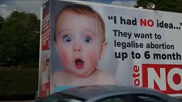 Downosokkal kampányolnak az abortusz ellenzői Írországban
