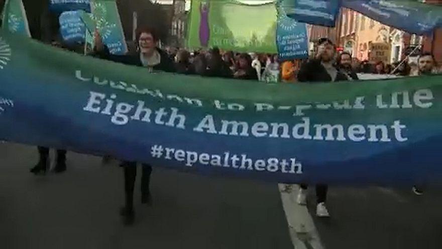 Ιρλανδία: Αντιπαράθεση για τις εκτρώσεις