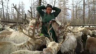 Los Duhka, un pueblo en peligro de extinción