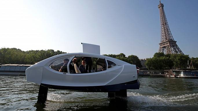 Flying taxi in Paris