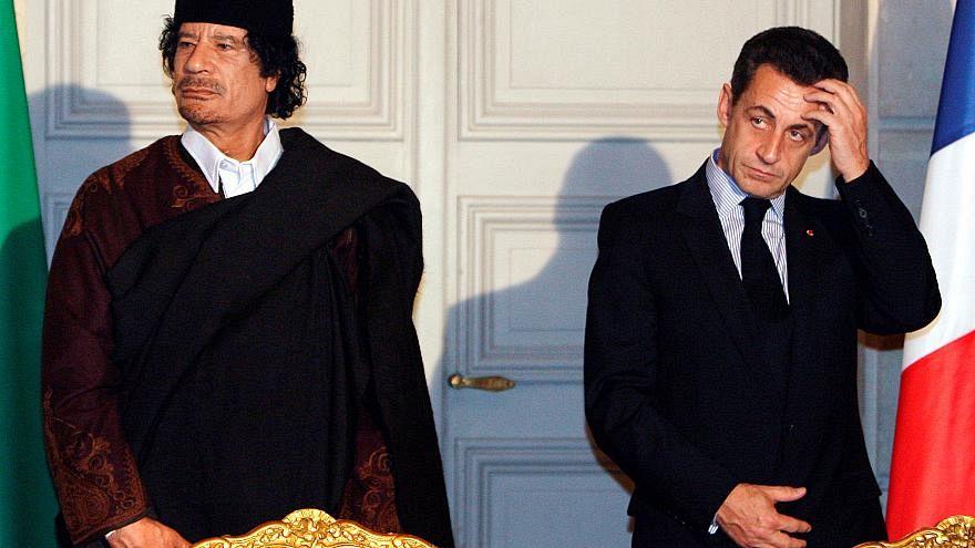 مقربان من القذافي يؤكدان تحويل أموال إلى ساركوزي