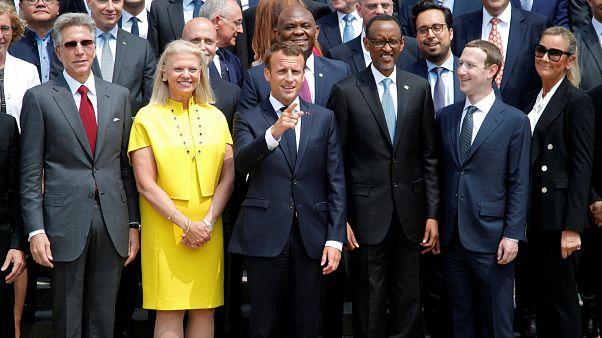 """Macron aux géants de la Tech : """"Pas de déjeuner gratuit ici"""""""