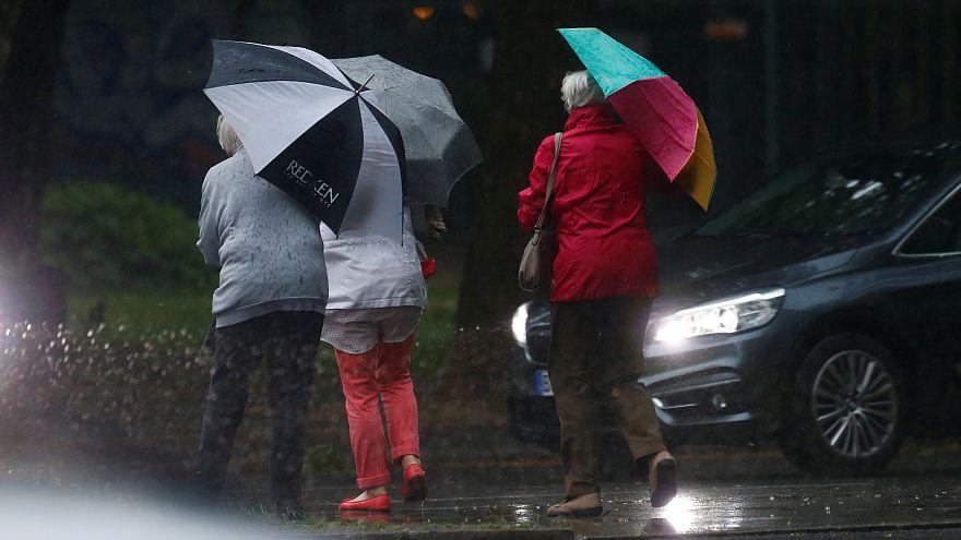 Unwetter und Hagel - 10 der besten Bilder und Videos aus dem Netz