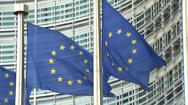 Dívida italiana preocupa Comissão Europeia
