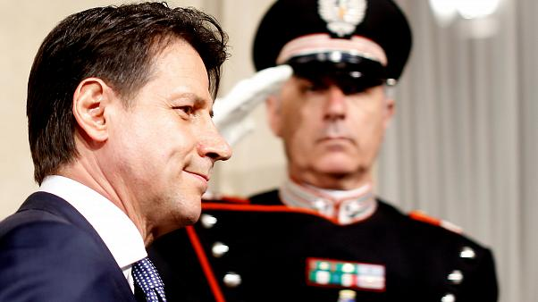 تكليف جوزيبي كونتي بتشكيل حكومة ائتلافية جديدة في إيطاليا