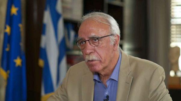 Δημήτρης Βίτσας: «Στόχος να μειωθούν στο μισό οι πρόσφυγες στη Μόρια»