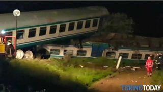 Torino'da yolcu treni kazası: En az iki ölü
