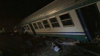 Dois mortos em colisão entre comboio e camião