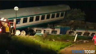 تصادف قطار با کامیون در ایتالیا ۲ کشته بر جای گذاشت