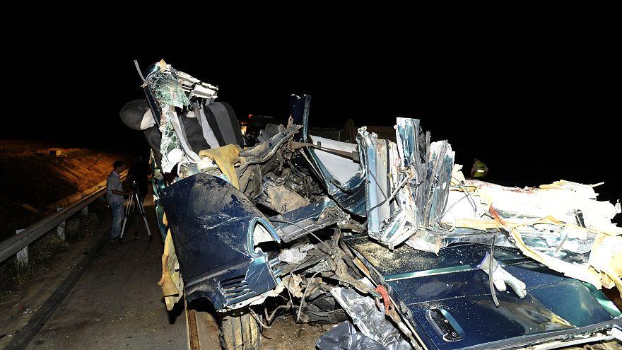 Nem ez volt az első baleset, amit a facebookozó sofőr okozott