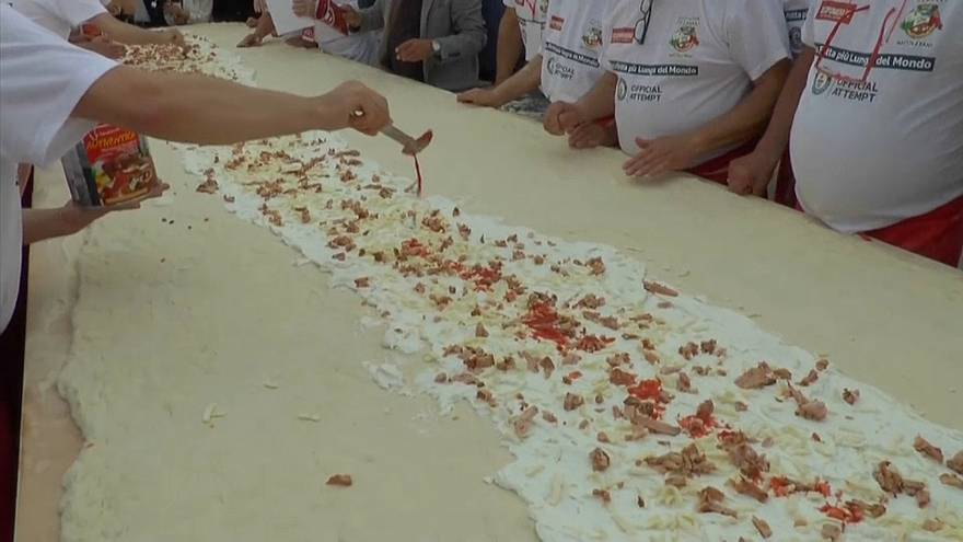Una pizza pantagruélica bate el récord mundial