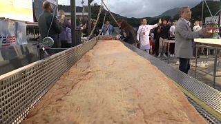 A maior pizza frita do mundo foi feita em Nápoles