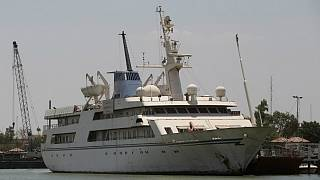 کشتی تفریحی صدام حسین هتل دریانوردان میشود