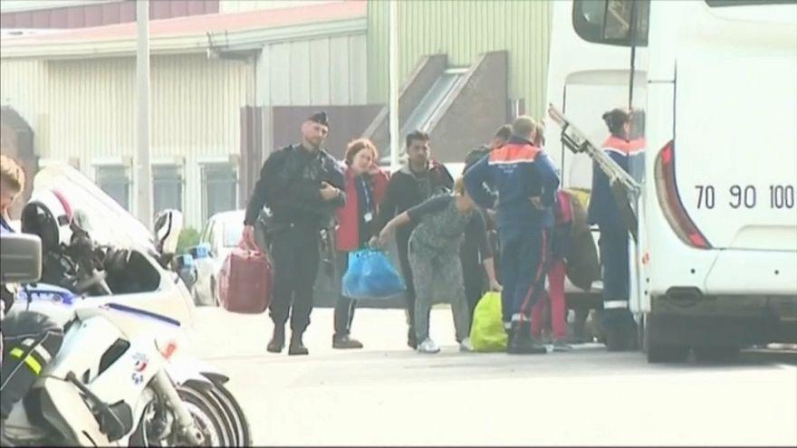 Grande-Synthe : les migrants évacués
