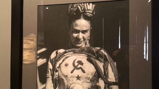 Frida Kahlo als Barbie-Puppe oder lieber digital?