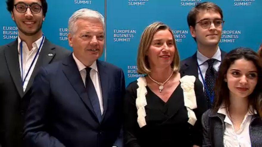 Lo spettro di Trump aleggia sullo European Business Summit