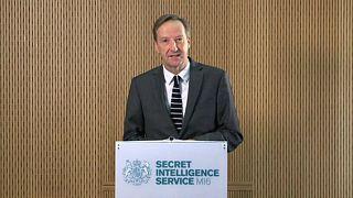 اليكس يانجر رئيس جهاز المخابرات البريطاني - صورة من أرشيف رويترز.