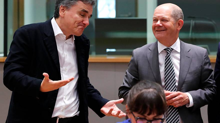 """Schafft es die EU, Griechenland bis August vom 4. Rettungspaket """"zu befreien""""?"""