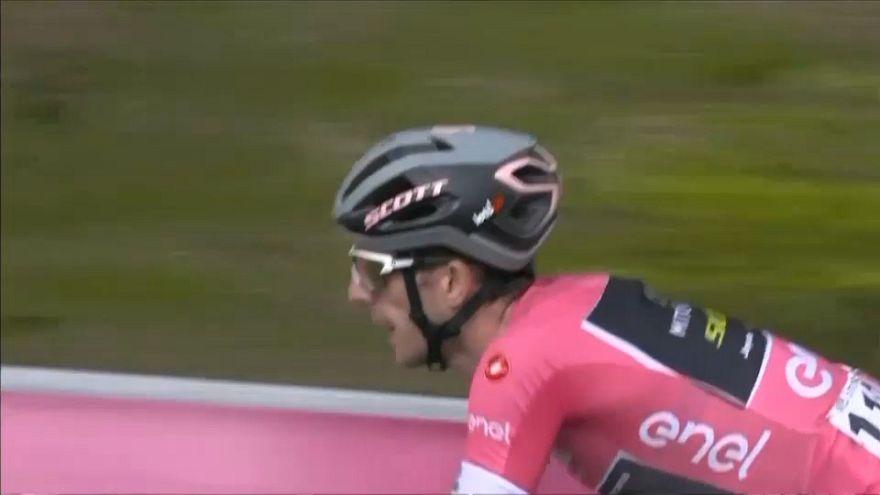 Giro : Yates montre un signe de faiblesse