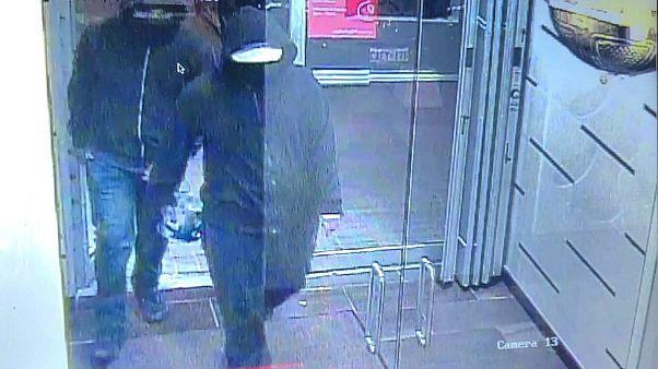 Explosion d'une bombe à Mississauga : deux suspects en fuite