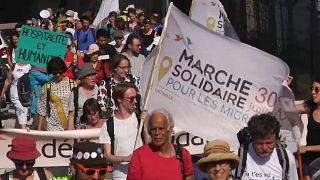 Пешком по Европе за беженцев