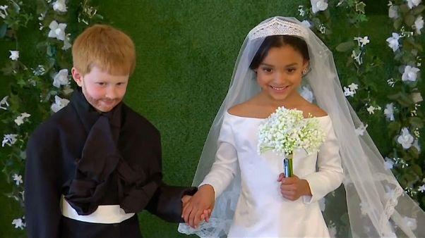 العرس الملكي للأمير هاري وميغان على طريقة الأطفال