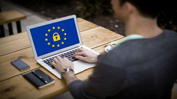 قوانین حفظ حریم خصوصی؛ چرا همه به دنبال دریافت اطلاعات شخصی ما هستند؟