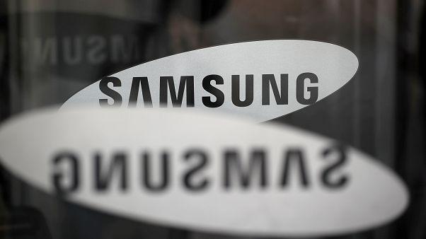 Samsung condenada a pagar 460 milhões de euros à Apple