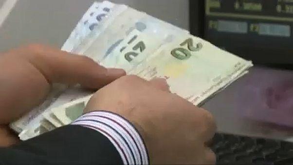 Türkische Lira weiter auf Talfahrt