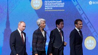 Macron veut attirer la Russie en Europe