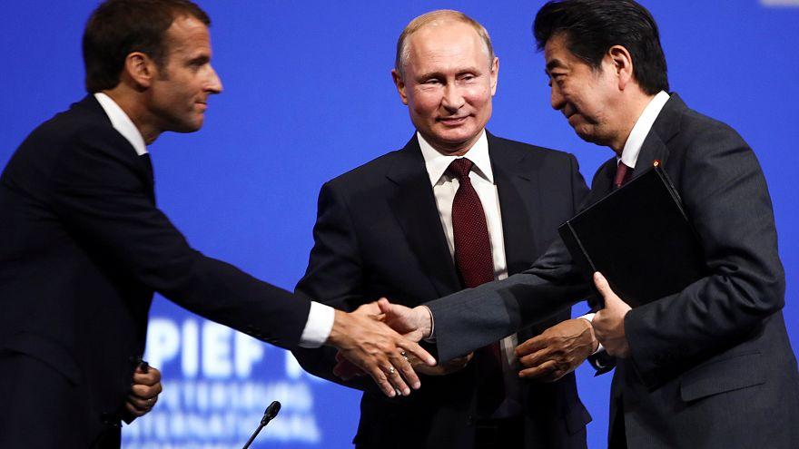 Liderler St. Petersburg Ekonomi Forumu'nda buluştu