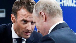 Emmanuel Macron und Wladimir Putin in St. Petersburg