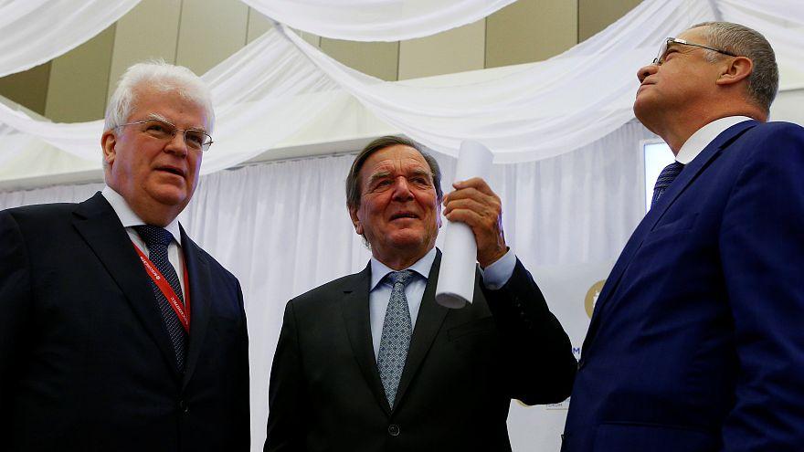 Vladimir Chizhov,  Gerhard Schroeder, Alexander Medvedev a San Pietroburgo