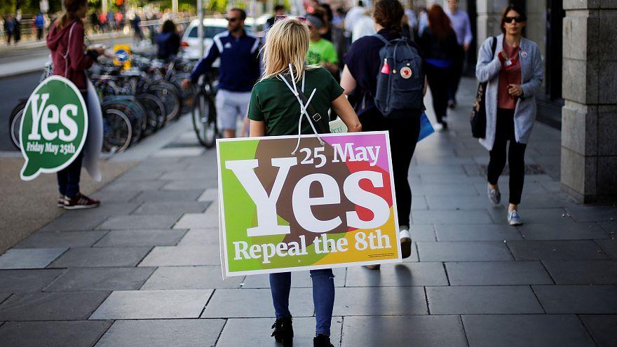 İrlanda kürtaj referandumunda ibre 'Evet'ten yana