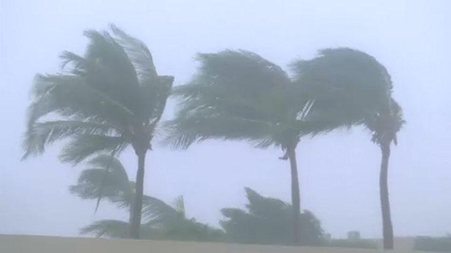 Tödlicher Zyklon fegt über Oman