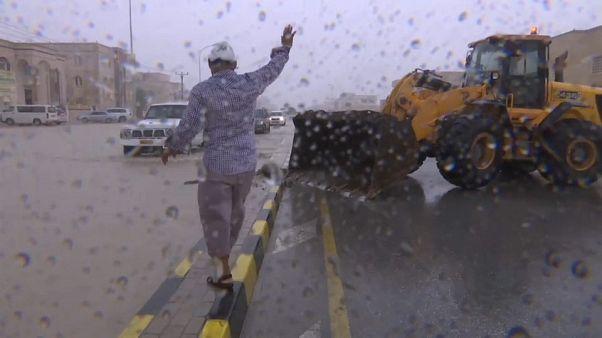 Mekunu a su paso por Omán