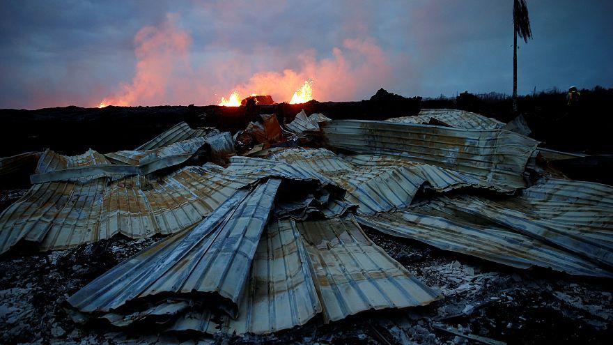 حمم بركان كيلاويا تواصل اجتياح جزيرة هاواي