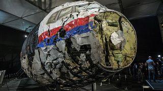 Destroços do avião da Malaysia Airlines abatido sobre a Ucrânia