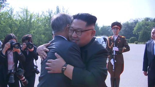 Los líderes de las dos Coreas se reúnen por sorpresa en la desmilitarizada Panmunjom