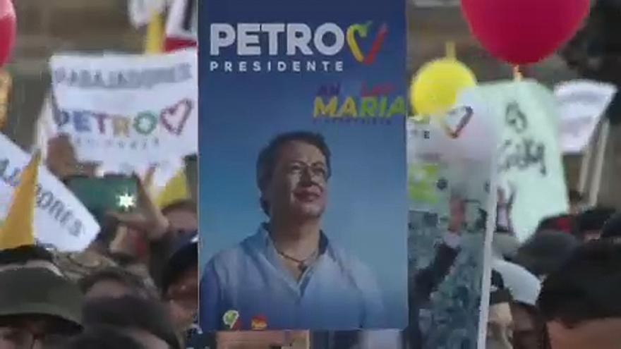 Kolumbia elnököt választ vasárnap