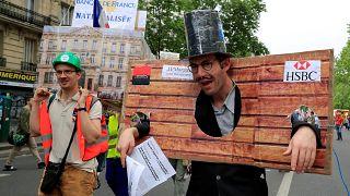 """""""Marée populaire"""" dans les rues de France"""