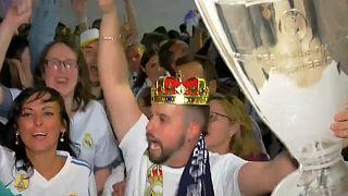 خوشحالی هواداران رئال پس از کسب سیزدهمین قهرمانی در لیگ قهرمانان اروپا